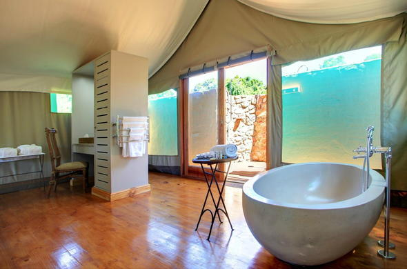 Spacious bathroom in the Deluxe Tented Suite.
