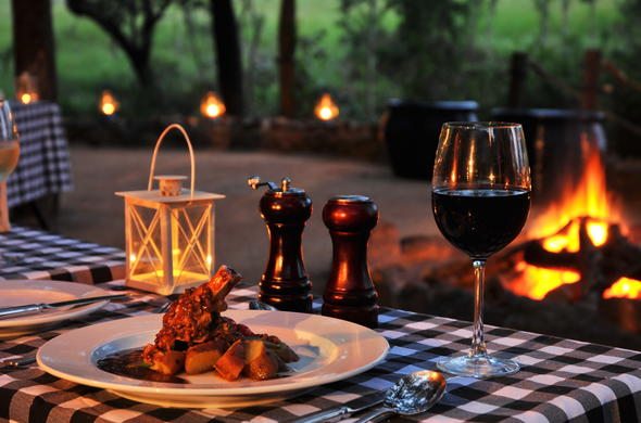 Mouthwatering cuisine and fine wine at Cheetah Plains.