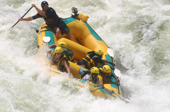 White-water rafting on the Zambezi. Safpar