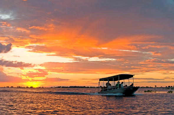 Sunset Zambezi River cruise.